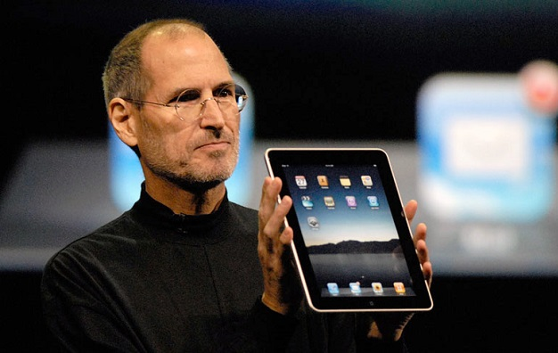 <center>Apple iPad (2010)</center>